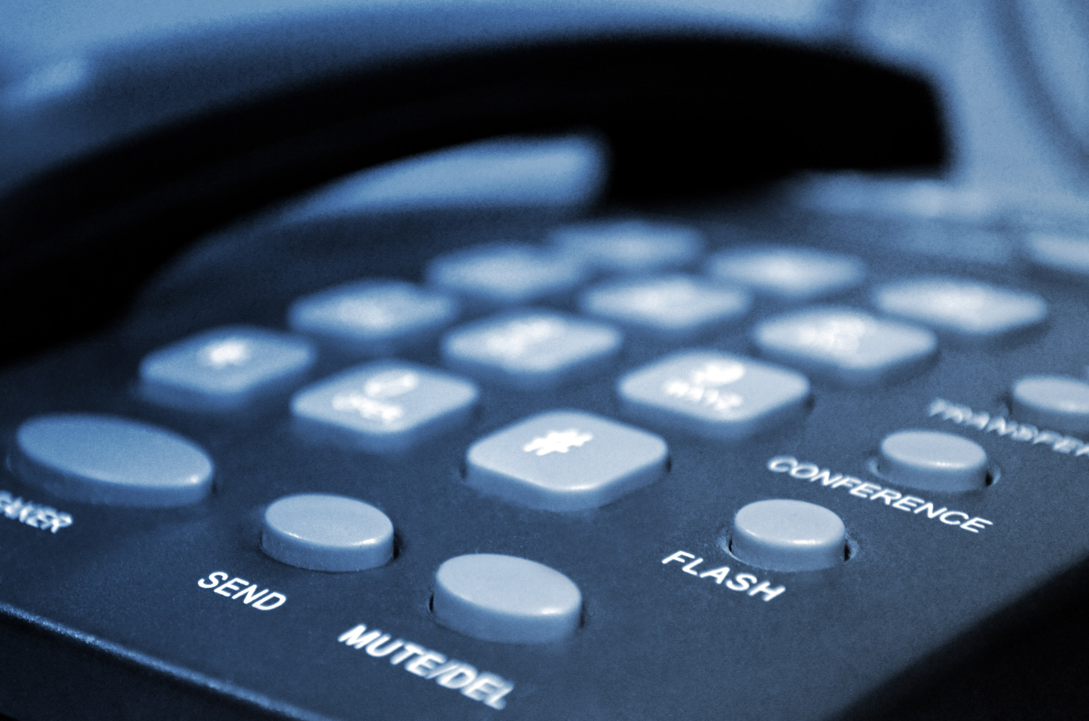 things to consider when signing phone contracts